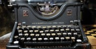 old-typewriter-flickr ceasedesist