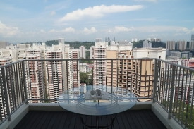 redhill-singapore-balcony-view-2-copyright-dave-fox-globejotting