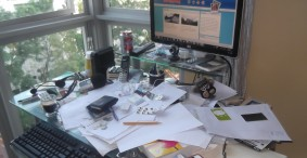 How to Clean Your Desk Without Doing Anything