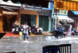 vietnam-saigon-bui-vien-street-flood-globejotting-davefox